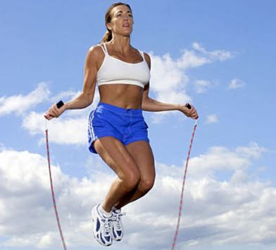 saltar-un-buen-ejercicio-para-la-mujer