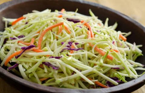 ensalada de repollo y zanahorias adelgazar