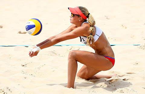 ejercicios en playa voleibol